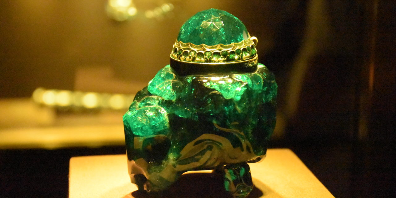 Smaragd-Gefäß