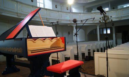 Leonardo da Vinci's Viola Organista